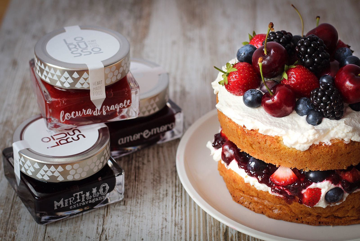 Naked cake de frutos rojos y mermelada artesanal LoRUSSo
